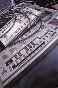 Роланд TB-303 bass-line