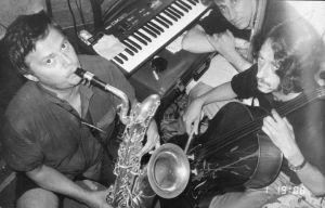 """""""Трое в Лодке"""" - Юрий Зморович, Влад Макаров, Александр Нестеров на борту музыкального парохода в августе 1991 года."""
