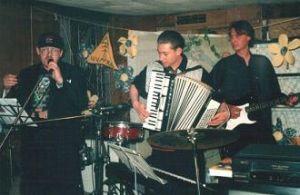 2001 - Идолы