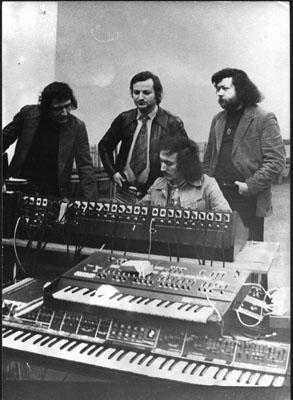 В студии: Николай Крупышев, В.Я. Векштейн, Виталий Барышников и Виктор Харакидзян.