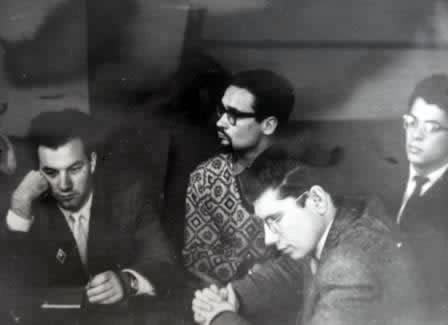 Заседание первого в СССР джаз-клуба: Владимир Фейертаг, Сергей Лавровский, Вадим Юрченков, Аркадий Мемхес. Фото отсюда.