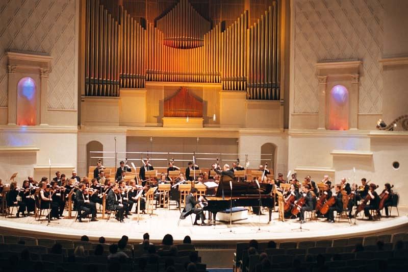simfonicheskij-orkestr-globalis-2