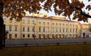 mixajlovskij-teatr