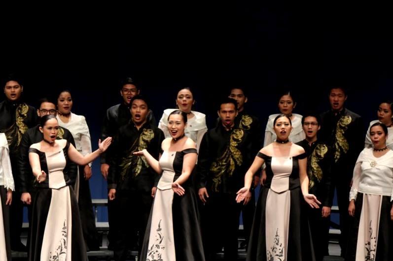Mapúa Cardinal Singers – смешанный хор из Манилы, столицы Филиппин.